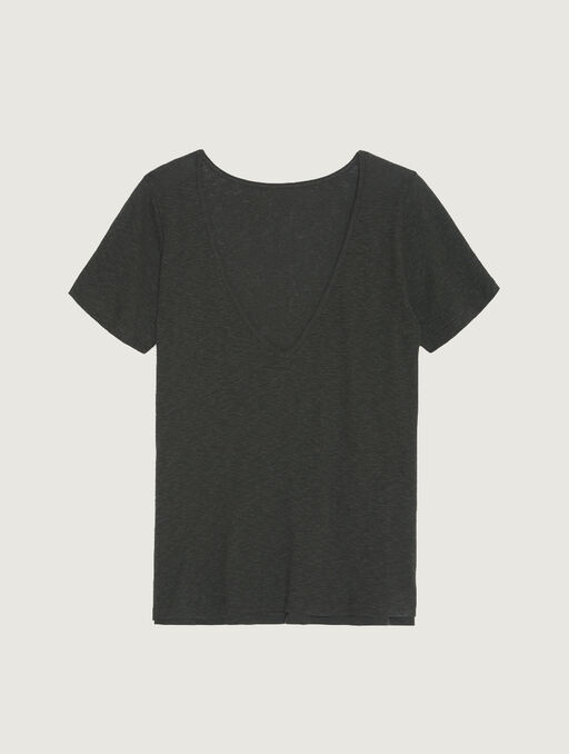 Tshirt black.
