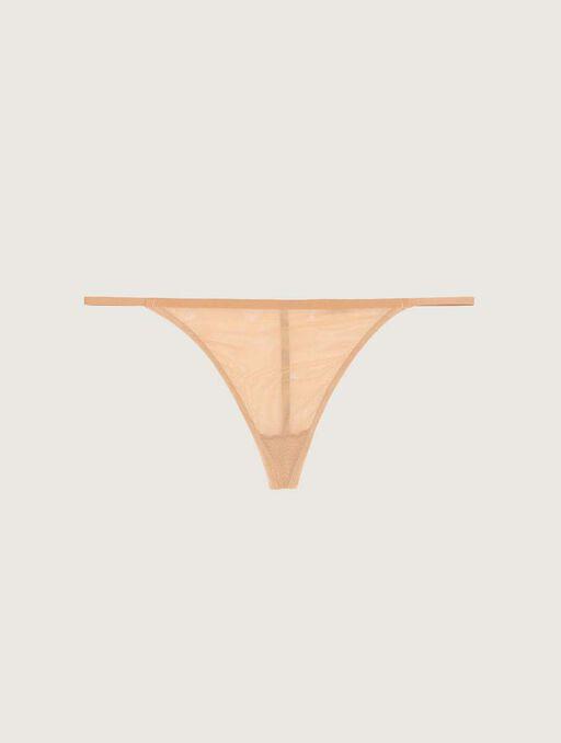 Bikini string darkskin.